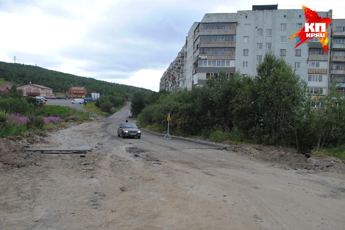 на дорогу-дублер Кольского